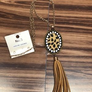 New leather tassel necklace with earrings